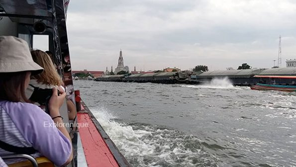 Chao Phraya Express Boat and Wat Arun
